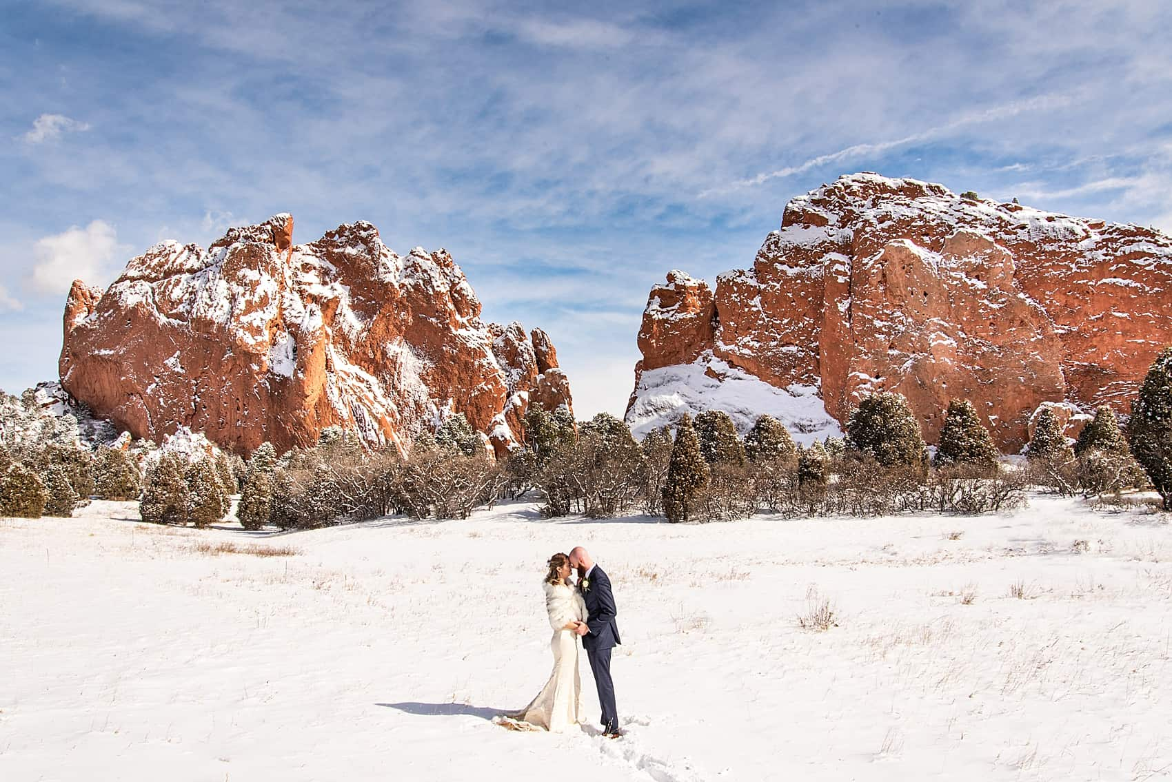 Garden of the Gods elopement photographer colorado springs