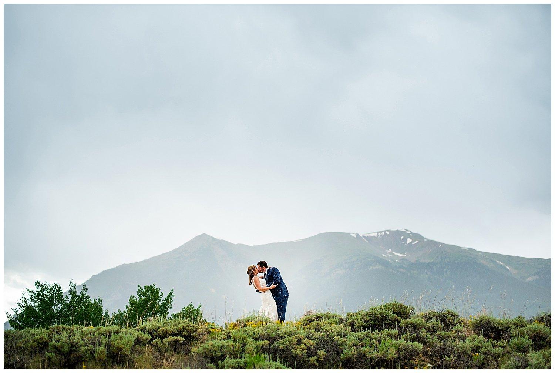 elopement photos twin lakes colorado