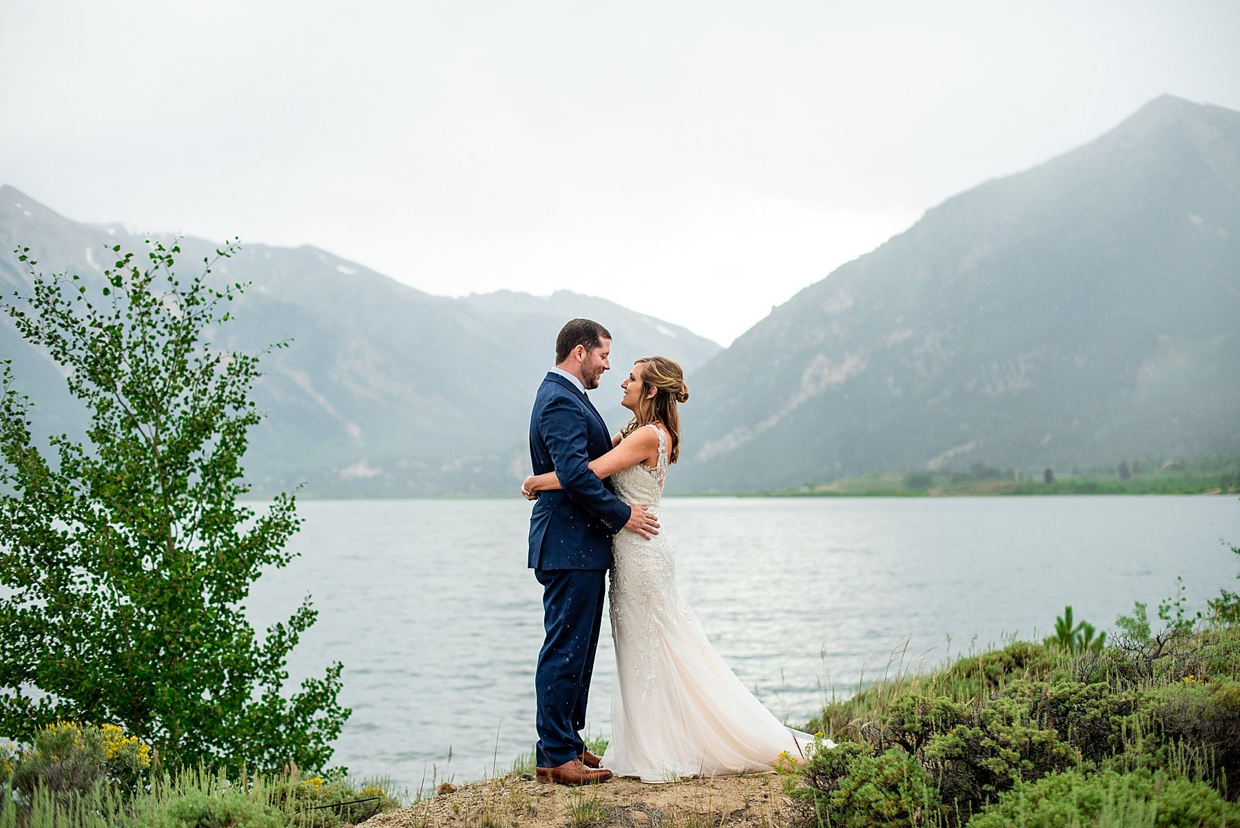 elopement photos twin lakes colorado