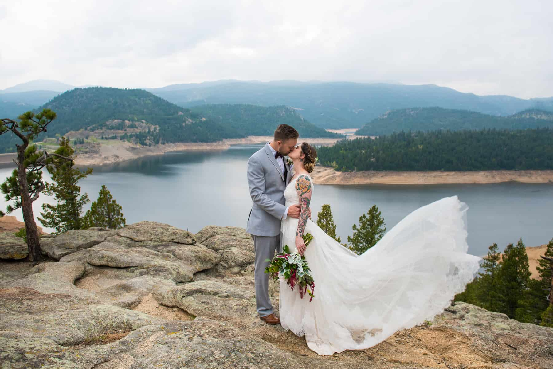 Best Places to Elope in Colorado with Mountains + Water