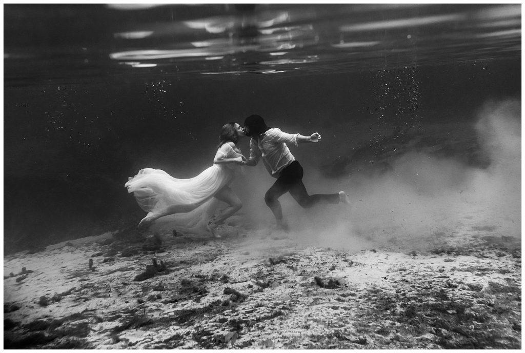 ichetucknee springs underwater elopement photographer