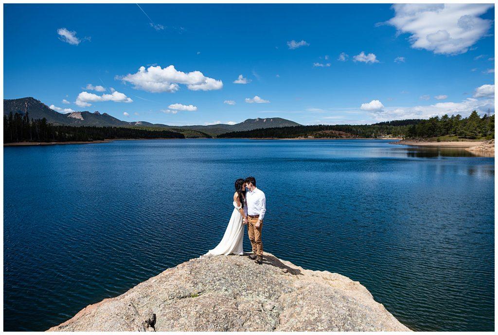 elopement photos at pikes peak